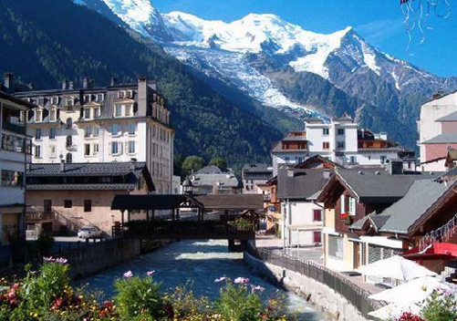 A sunny day in Chamonix with views of Mont Blanc in the French Alps