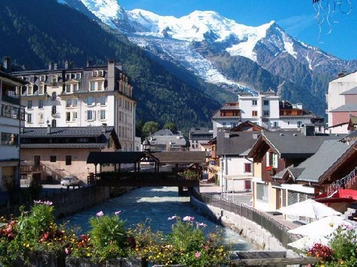 Chamonix ski resort france property for sale